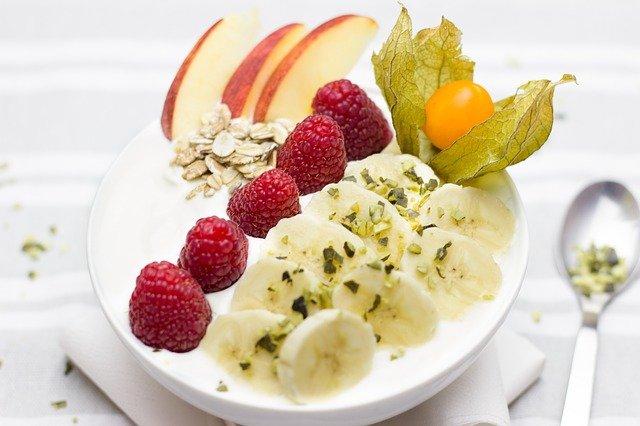 míša s ovocem