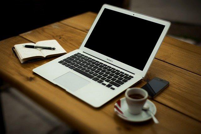 práce z domova přes PC
