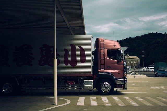 Přepravní auto.jpg