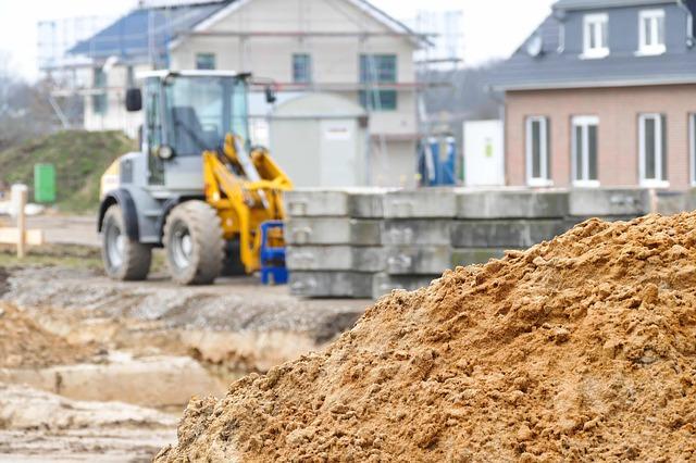 přivážení materiálu na stavbu