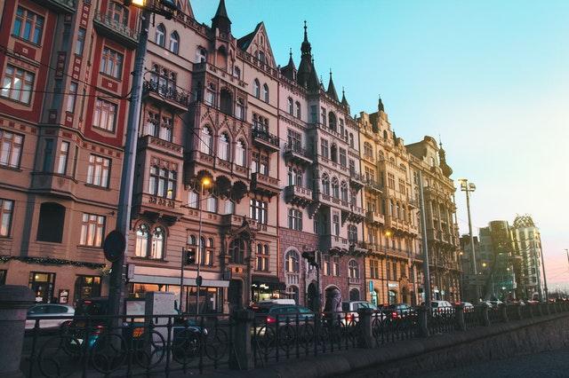 pražská ulice.jpg
